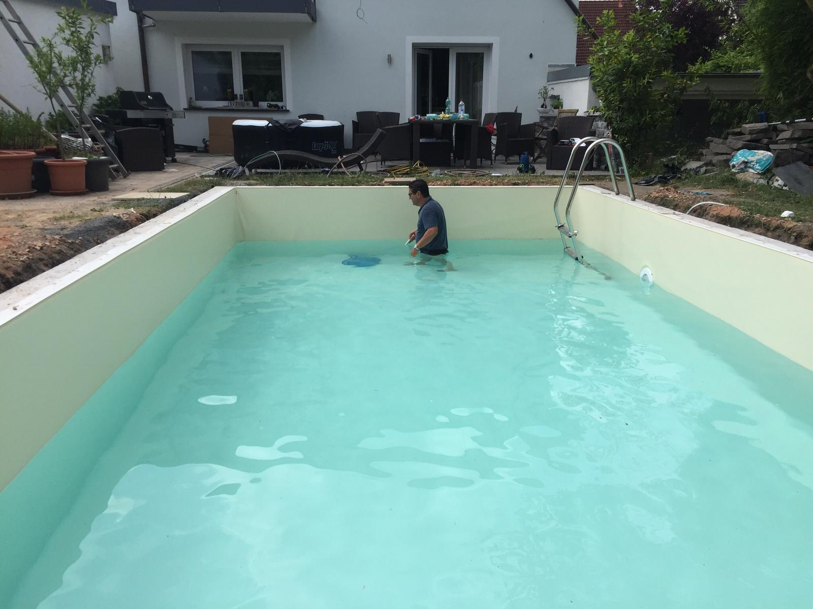 Wie ein Pool entsteht. clagron.de